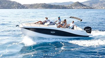 Charter Quicksilver 755 Activ Sundeck Port d´Alcudia
